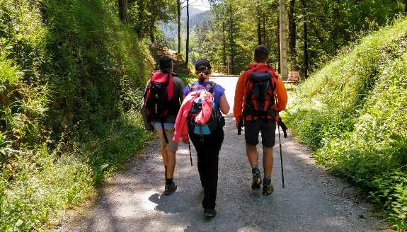 Trekking on the Ignatian Way plus a gastronomic experience