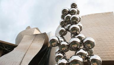 Tall Tree & the Eye. Anish Kapoor (2009). Guggenheim Bilbao Museum
